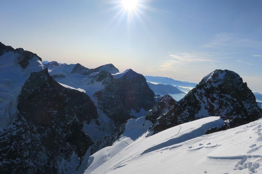 Am Schneegupf – im Hintergrund der Hauptgipfel des Piz Roseg