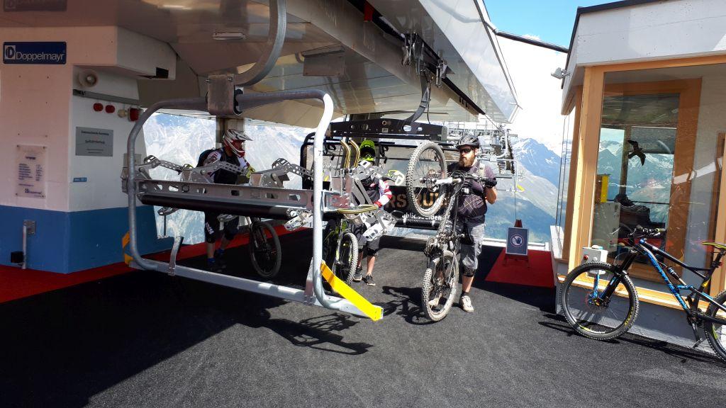Praktisch: die für Bikes umgerüstete Langeggbahn