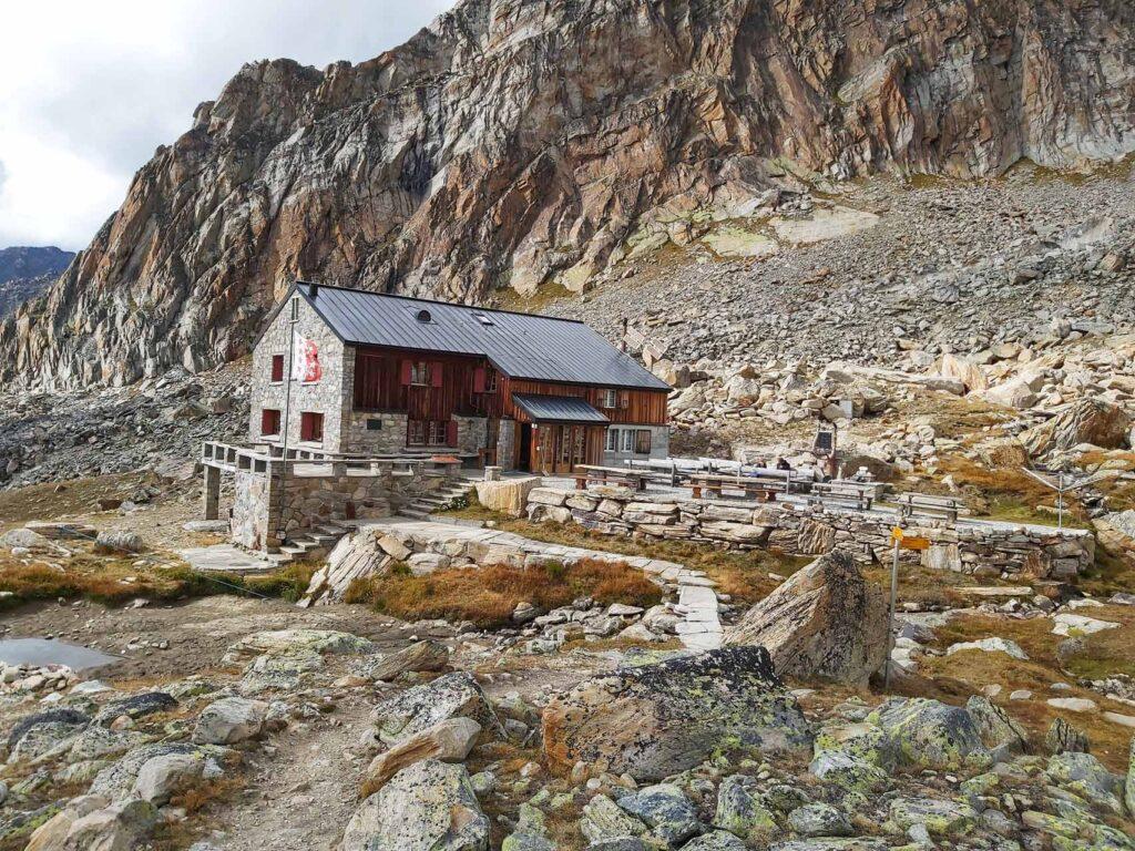 Die Almagellerhütte